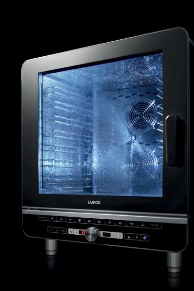 Automatisches Reinigungsystem für 5 GN 1/1 Geräte mit T-Steuerun werkseitig im Gerät integriert